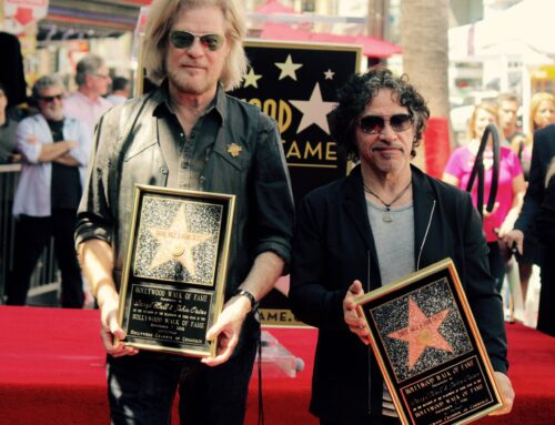 A Long Road To The Boulevard – Daryl Hall & John Oates Get A Star